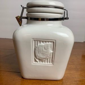 Large stoneware white Canister leaf embossed lid